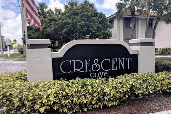 Crescent Cove Condominiums