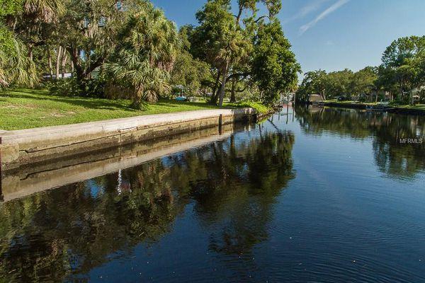 Seminole Point
