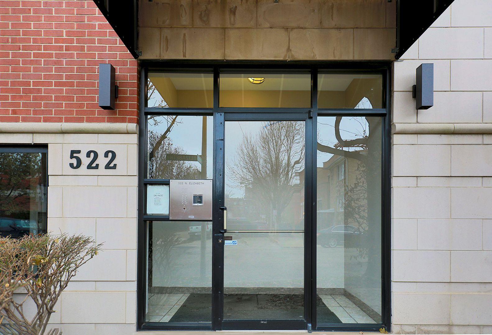 522 N Elizabeth Street 2N