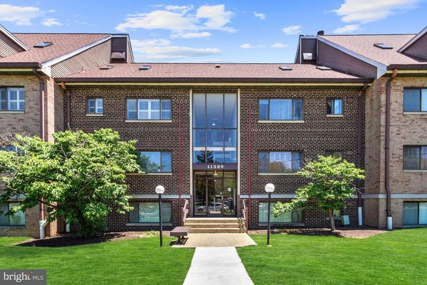 Sierra Landing Condominiums