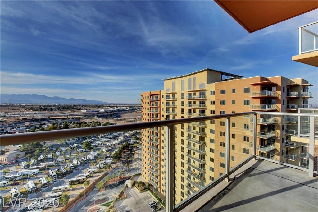 8255 South Las Vegas Boulevard 1916