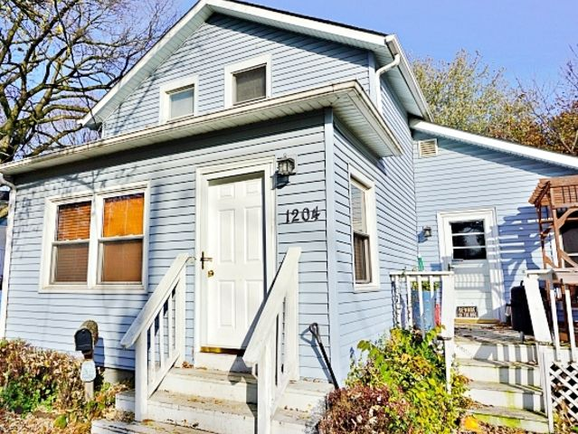 1204 Dean Street