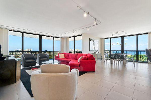 Braemar Isle Condominiums