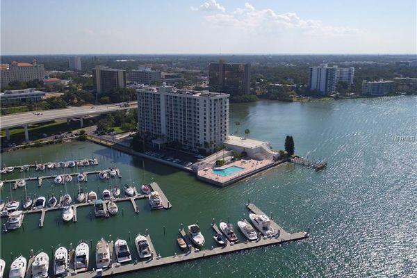 Pierce 100 Condominiums