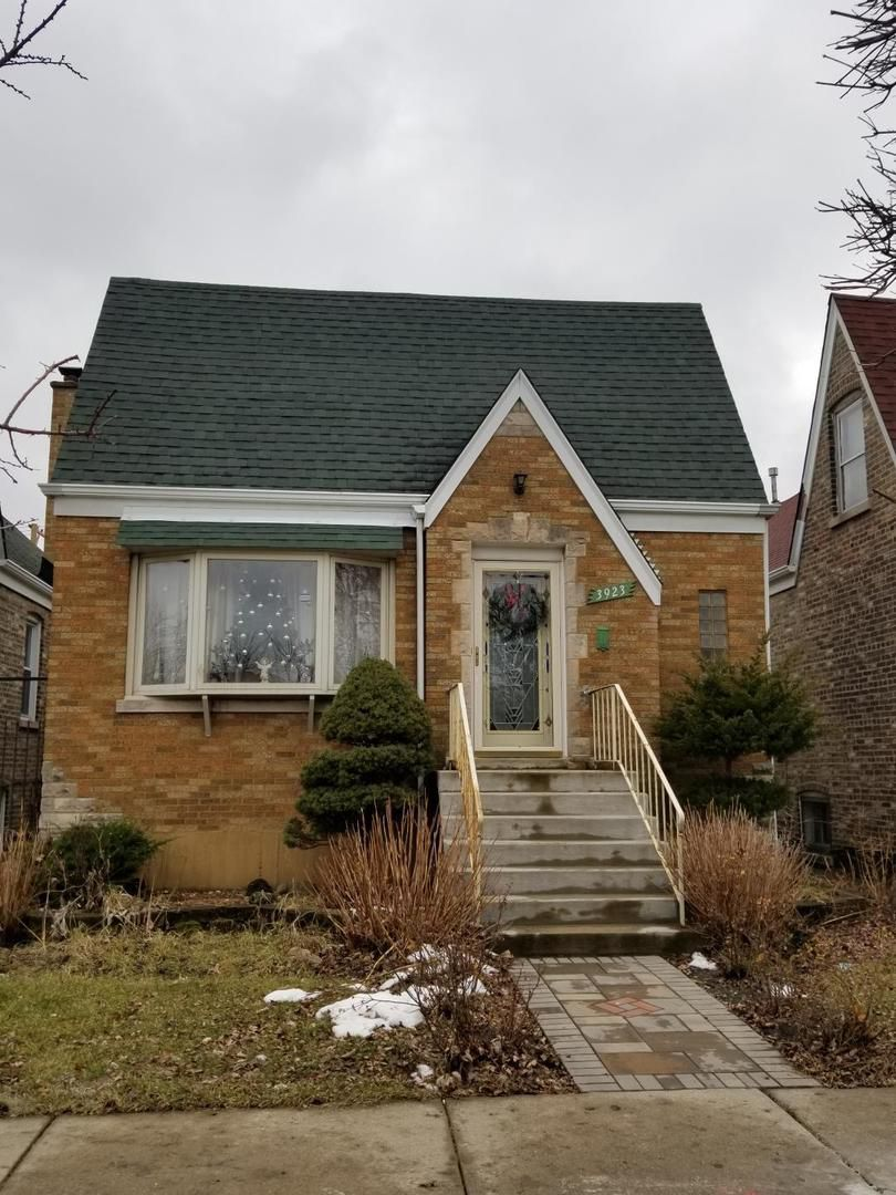 3923 W 58th Place