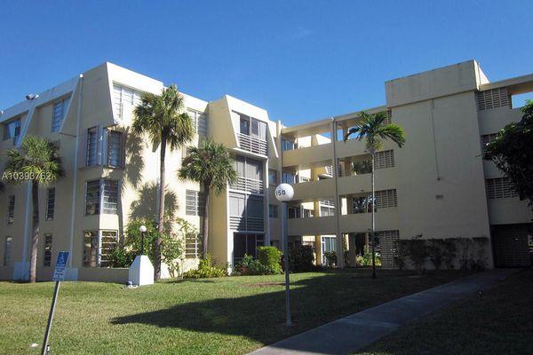 Lake Park Condominiums