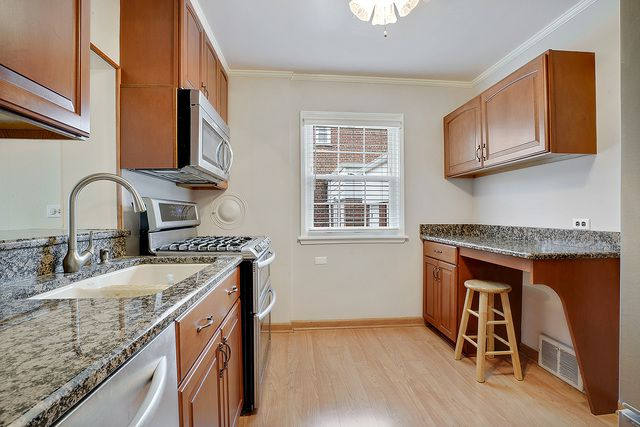 10842 S Fairfield Avenue