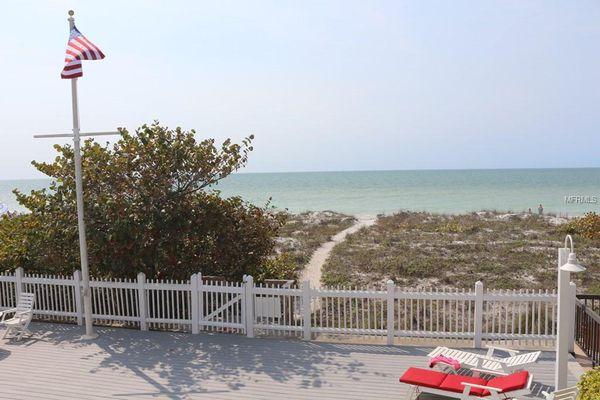 Seaside Oaks Of Indian Rocks Condominiums