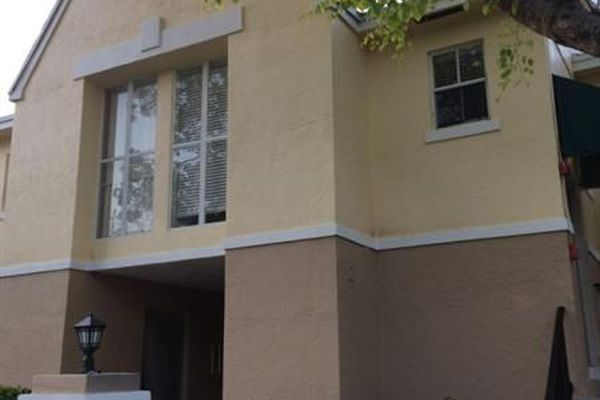 Breezes At Palm Aire Condominiums