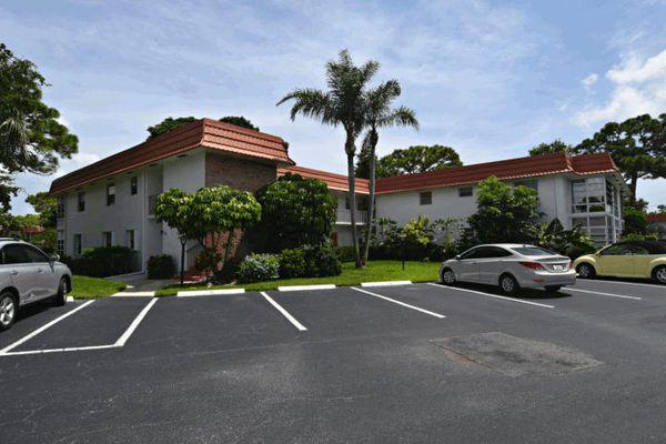 Vista Pines Condominiums