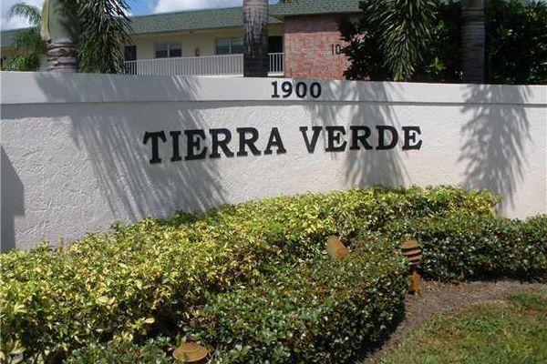 Tierra Verde Condominiums