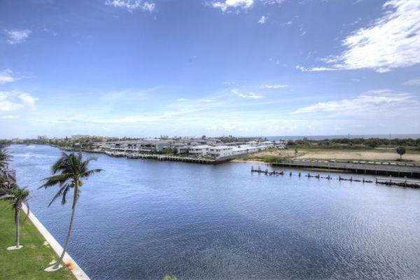Eastway Harbour Condominiums