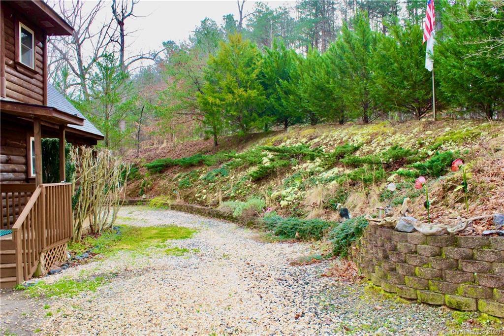 268 Sasafras Ridge
