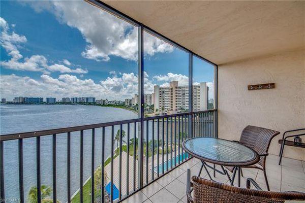 Windward Point Condominiums