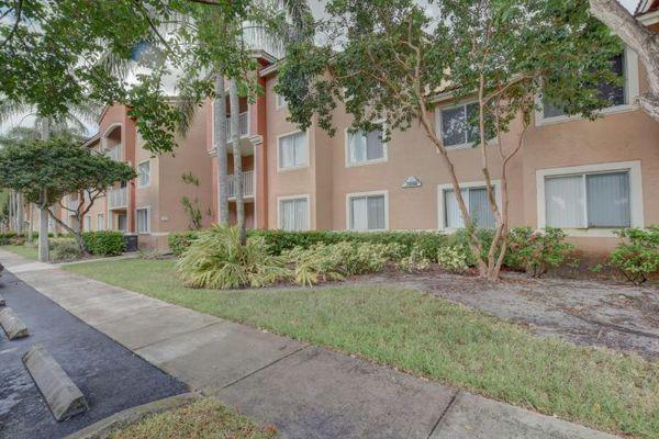Riviera Palms Condominiums