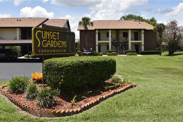 Sunset Gardens Condominiums