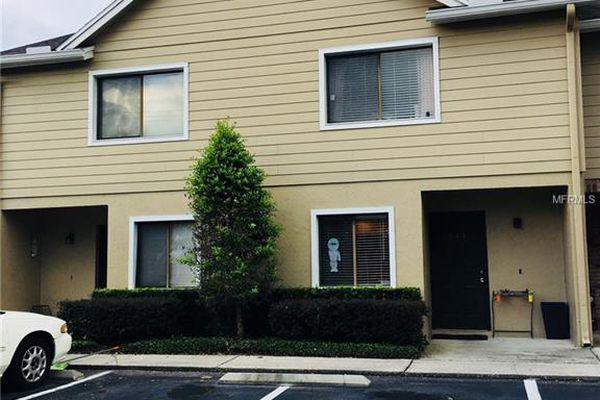 Sandlewood Creek Condominiums