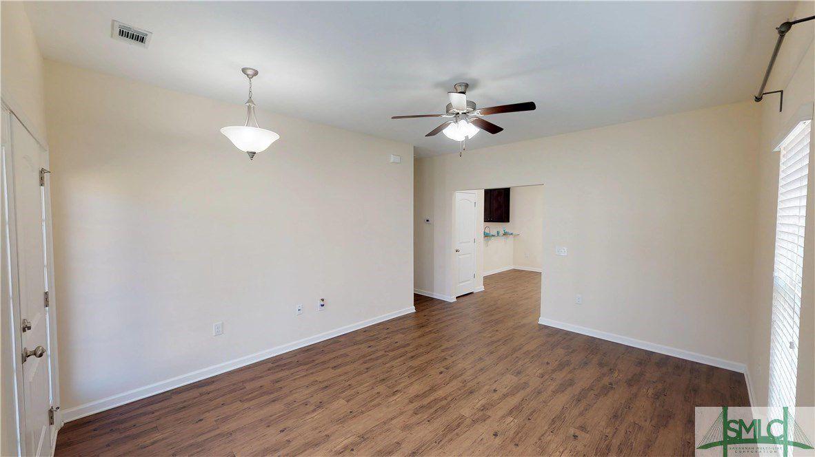 449 Sunbury Drive