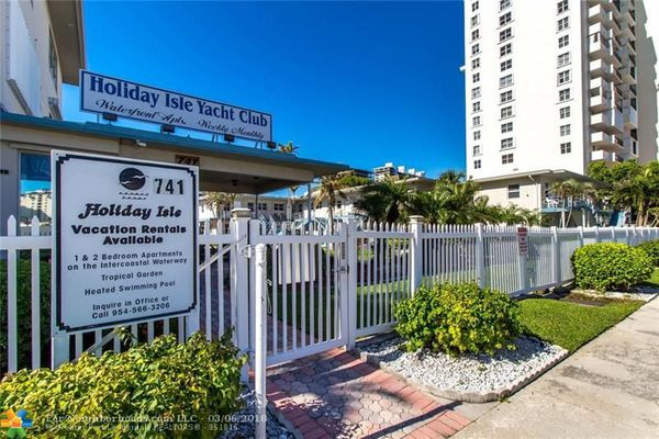 Holiday Isle Yacht Club Condominiums