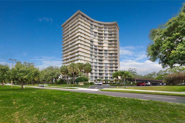 Bayshore Diplomat Condominiums