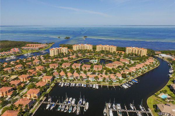 Topaz Cove Condominiums