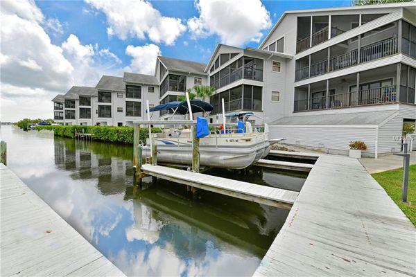 River Place Condominiums