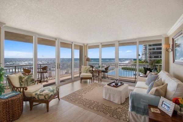 Barclay Condominiums