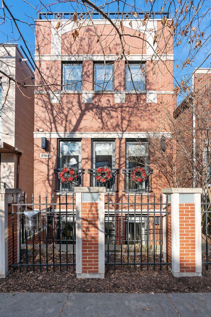 2144 W Churchill Street