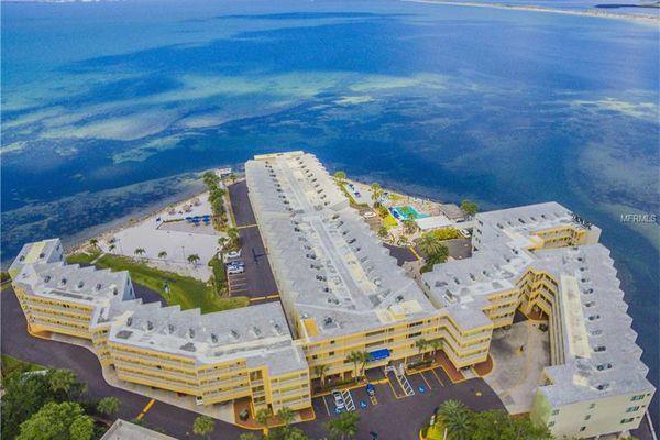 Sailport Resort Condominiums On The Bay