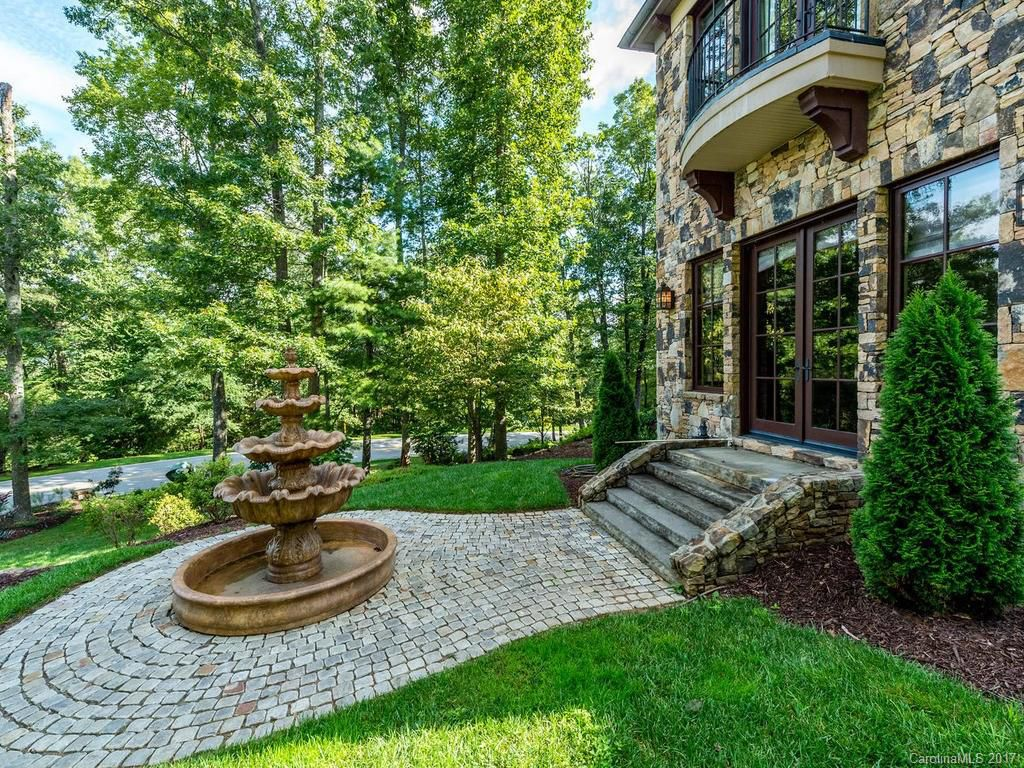 204 Secluded Hills Lane