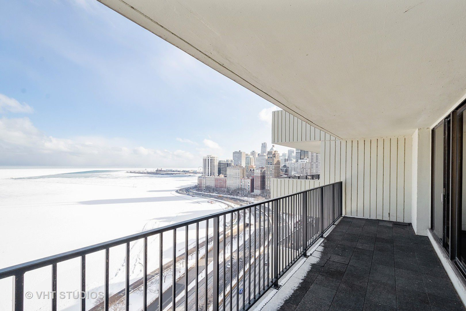 1212 N Lake Shore Drive 26CS