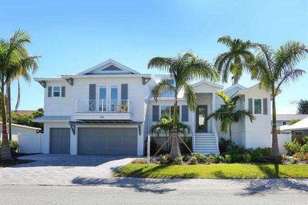 Palm Springs Estates