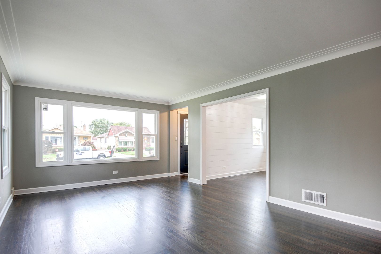 9341 S Hamlin Avenue