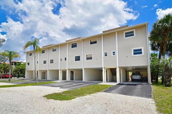 Beach Townhomes Condominiums