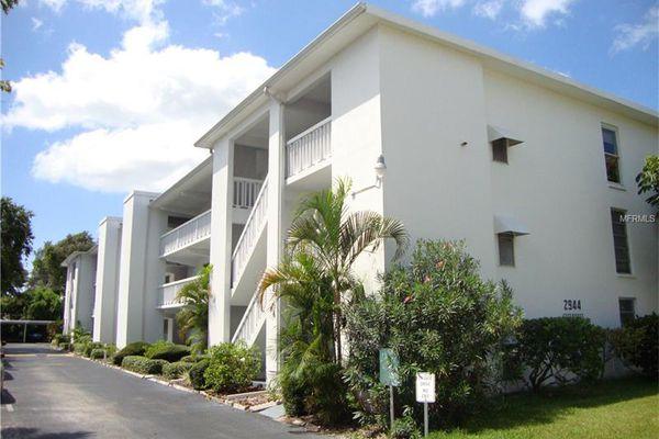 East House Condominiums