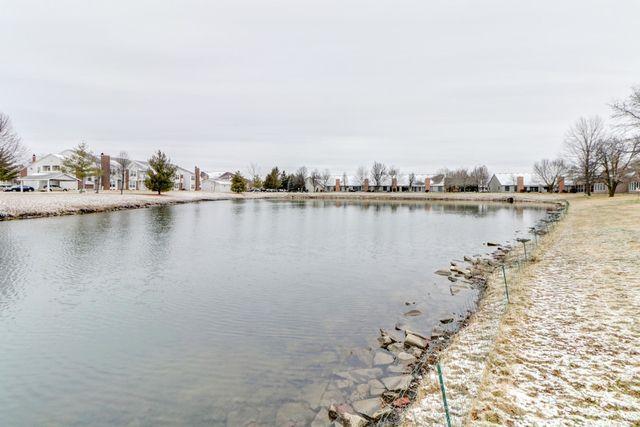 1811 Lakeside Drive B