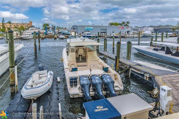 Portside Yacht Club Condominiums
