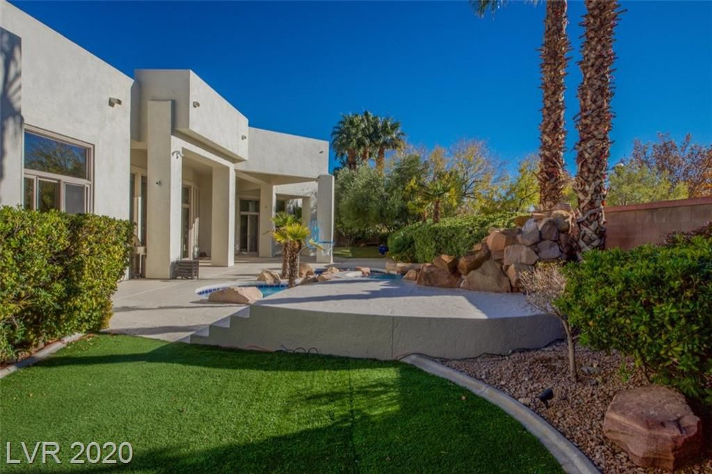 10009 Moon Valley Place