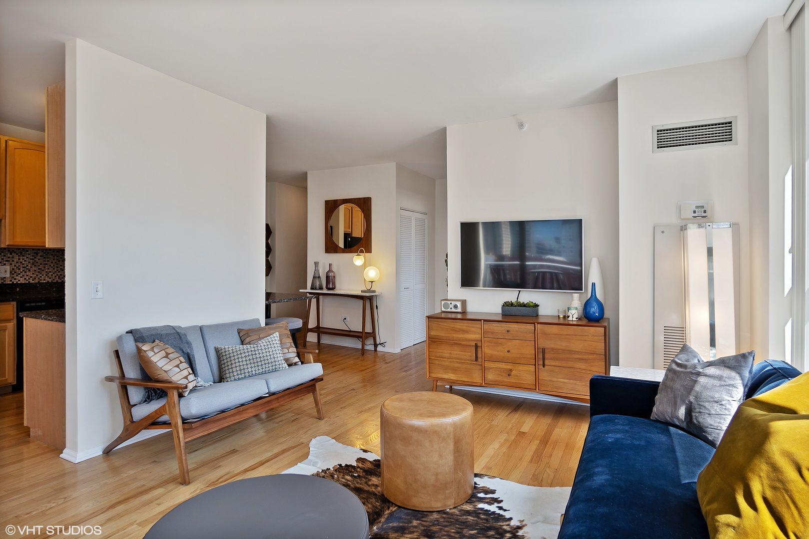 600 N Dearborn Street 1812