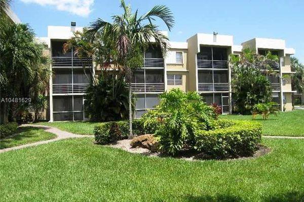 Springcrest Condominiums