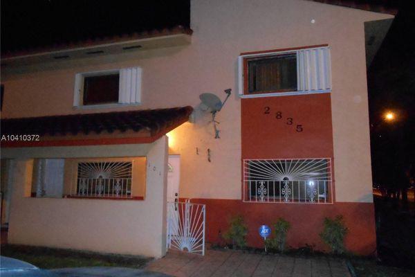 El Prado Condominiums