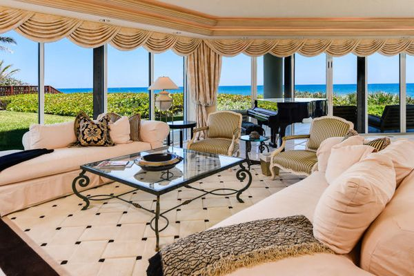 Claridge Jupiter Island Condominiums