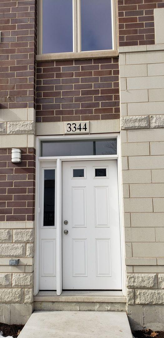 3344 S Justine Street