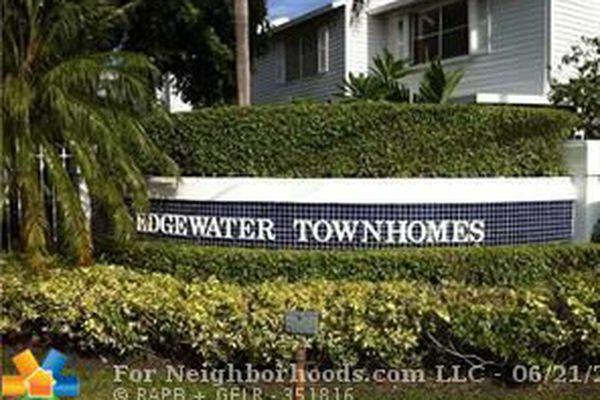 Edgewater Townhomes