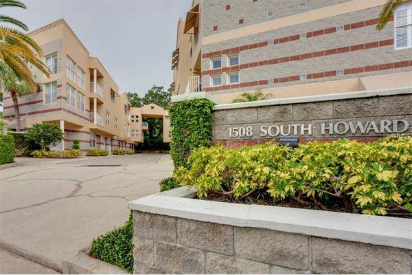 South Howard Condominiums