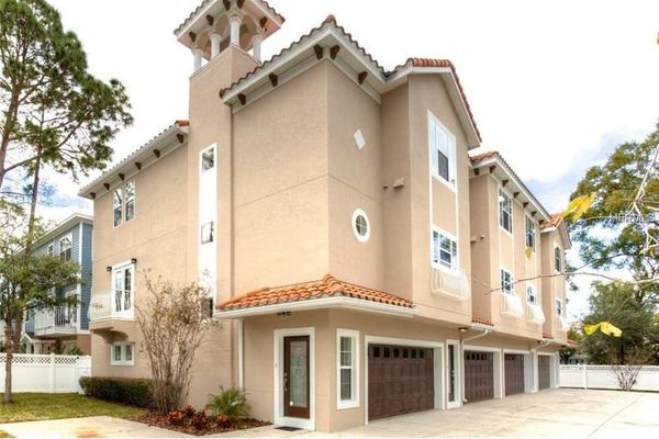 Horatio Townhomes