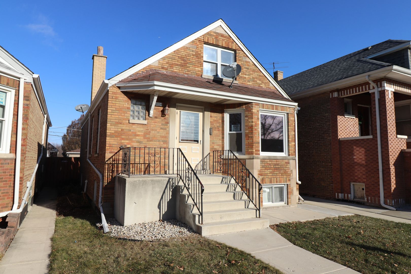4124 W 56th Place