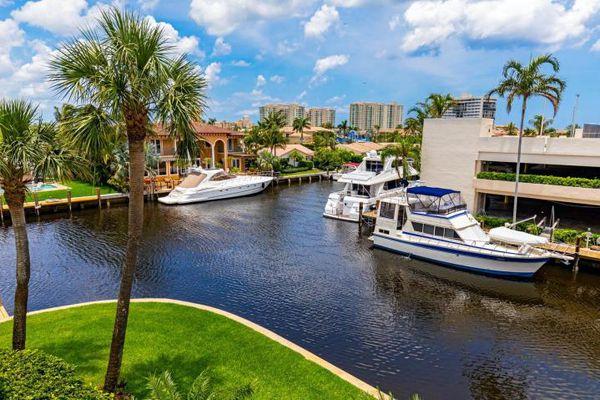 River Dome Apartments Condominiums