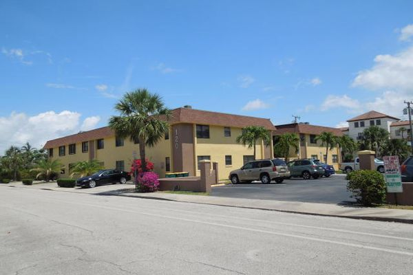 Towne Garden Villas Condominiums