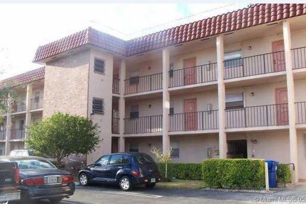 Coral Spring Gardens East Condominiums